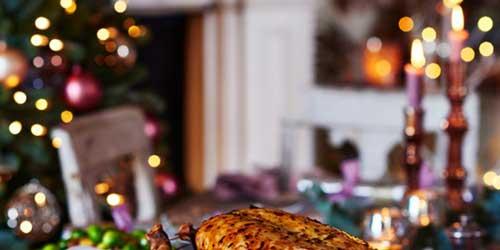 Migliori cesti natalizi tavola imbandita